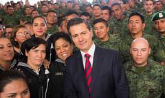 Encuentro con militares y marinos, y con sus familias (Mi foto con el Presidente MX) Tags: encuentro militares marinos familias ejércitomexicano ejército marina estadodeméxico mifotoconelpresidente mifoto epn enriquepeñanieto