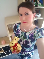 Happy Easter (Rikky_Satin) Tags: satin silk dress floral flowerprint pantyhose beige pumps highheels pvc handbag transgender crossdresser transvestite tranny tgirl sissy femboi feminization