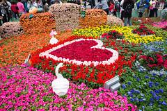 Flower Heart (W Lauzon) Tags: hongkong flowershow heart roses