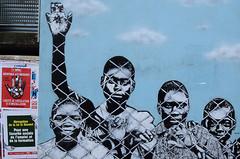Bienvenue aux migrants (HBA_JIJO) Tags: streetart urban graffiti vitry vitrysurseine pochoir stencil art france artist hbajijo wall mur painting insolite peinture affiche humour murale paris94 spray icyandsot urbain