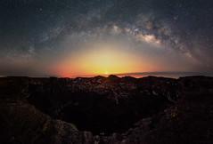 Milky Way and Moonrise (Raiatea Arcuri) Tags: milkyway moonrise maunaulu volcano volcanoesnationalpark hawaii bigisland crater