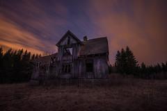 The end... (Madeleine Forsgren) Tags: abandoned house övergivet hus värmland madeleineforgren nikon heaven himmel