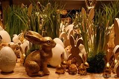 Golden Easter Evening (Sockenhummel) Tags: fuji x30 fujifilm finepix fujix30 osternester ostern easter hasen bunnies easterbunnies osterhasen osterdekoration