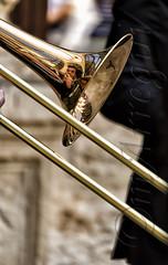 El chico del trombón (mArregui) Tags: wwwarreguimeluscom marregui trombón vara trombóndevaras semana santa semanasanta reflejo música concierto cuenca castillalamancha conquense parador paradordecuenca
