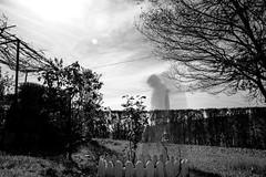 Fantasmas del pasado (Jo March11) Tags: fantasma largaexposición prueba ieletxigerra idoiaeletxigerra eletxigerra canon canoneos blancoynegro monocromo