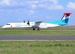 LX-LQI, De Havilland Canada Dash8-402Q, c/n 4534, Luxair, CDG/LFPG, 2017-04-02, on Bravo Loop, taxi to runway 09R/27L. (alaindurandpatrick) Tags: lxlqi dash8 dash8400 dhc dehavillandcanada dehavillandcanadadhc8 dehavillandcanadadhc8400 dehavillandcanadadash8 dehavillandcanadadash8400 regionalairliners turbopropairliners propeliners regionalpropeliners lg luxair airlines cdg lfpg parisroissycdg airports aviationphotography lgg cn4534