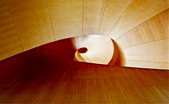 Spiraling Staircase (Alan Amati) Tags: amati alanamati architecture frank gehry stair stairs staircase stairway circular spiral spiralstaircase art museum ago ontario toronto canada curves curve serpentine topf25