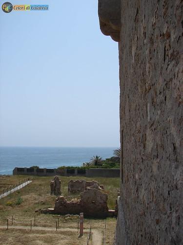 KR-Isola Capo Rizzuto-parco Archeologico Capo Colonna 26_L