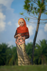 Ieda Syuhada (yazir yacob) Tags: light portrait macro ex bokeh sigma apo ii f28 available dg 70200mm d7000