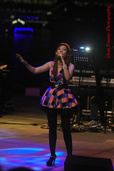 oh singing is so fun (tomzcafe) Tags: singapore esplanade d90 soligor13528 adatewithfriends