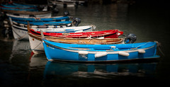 Vernazza Italy Fishing Boats (Vic Zigmont) Tags: cinqueterre vernazzaitaly italy boat colorfulboat water fishingboat blueboat