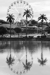 Pampulha (Johnny Photofucker) Tags: pampulha belohorizonte minasgerais mg brasil brazil brasile lightroom preto branco white black pb bw parque reflexo reflex riflesso lagoa lake rodagigante ferriswheel ruotapanoramica guanabara mangueiras