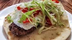 gyro burger (jeffreyw) Tags: lamb onion naan tomato lettuce tzatziki lunch dinner gyro