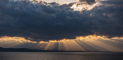 Easter sunset (LEXPIX_) Tags: easter sunset sun sunbeams water lake champlain adk vt clouds skies nikon d810 2470 28 lexpix