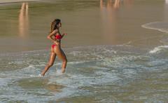Morena (mcvmjr1971) Tags: 2017 d7000 nikon brasil costão curtoniteroi itacoatiara mmoraes niterói regiãooceância riodejaneiro morena woman girl sexy bikini red vermelho cabelo hair ass bunda