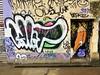 Idiot / Crayons / Bruxelles - 1 apr 2017 (Ferdinand 'Ferre' Feys) Tags: bxl brussels bruxelles brussel belgium belgique belgië streetart artdelarue graffitiart graffiti graff urbanart urbanarte arteurbano crayons créons lescrayons