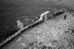 La soledad (JNacher) Tags: soledad tristeza emoción mar piedra paseo blancoynegro nikond5100 35mm18 peñíscola castellón comunidadvalenciana españa spain