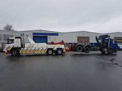 Volvo FM12 Rear Suspend Towing 6 Wheeler Grab (JAMES2039) Tags: volvo fm12 tow towtruck truck lorry wrecker heavy underlift heavyunderlift 6wheeler rear rearsuspend daf 45 75 grab ca02tow hiab cardiff rescue breakdown ask askrecovery recovery cf