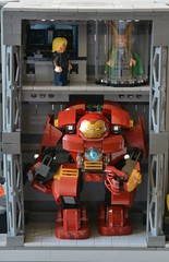 Labo stark 12 (John_Toulouse) Tags: moc mod lego johntoulouse super heroes sh ironman iron man avengers stark labo armor