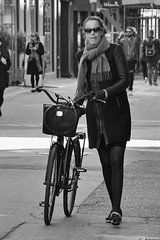 I want to ride my bicycle (os♥to) Tags: sony alpha77ii a77ii ilca77m2 april2017 bike bicycle cykel fahrrad bici vélo velo bicicleta fietssykkel rower street candid streetphotography people
