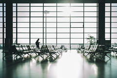 Leaving Soon. (MichelleSimonJadaJana) Tags: color sony ilce7rm2 α a7rii a7r ii full frame thirdpartylens manual fullframe voigtlander vme adaptor fe mount leica 35mm f14 summilux m summiluxm asph ver1 v1 nex vsco documentary lifestyle snaps snapshot street photography china 中国 shanghai 上海