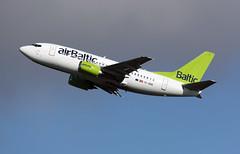 YL-BBE - Copenhagen Kastrup (CPH) 26.04.2017 (Jakob_DK) Tags: 2017 cph ekch copenhagen kastrup storemagleby stmagleby bti baltic airbaltic boeing boeing737 737 b737 737500