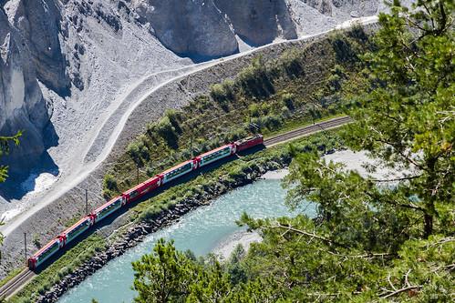 Gorges du Rhin, la vue depuis le train panoramique doit être grandiose