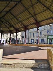 19.04.2017 - Bourg (40) (maryvalem) Tags: france gironde bourg blaye alem lemétayer alainlemétayer halle
