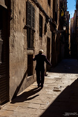 20160305-110159-Barcelona (jramosgsa) Tags: street people urbanscene outdoors city men architecture town alley narrow travel old europe oneperson citylife buildingexterior cultures walking