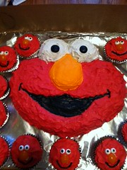 Elmo cake and cupcakes by Margo and Tash, Santa Cruz CA, www.birthdaycakes4free.com