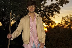 Guille al atardecer (Eduardo Estllez) Tags: portrait people espaa atardecer person persona photography photo spain model foto photographer gente retrato modelo personas retratos fotografia puesta ocaso fotografo extremadura caceres plasencia apuntar guillermosanchez eduardoestellez estellez
