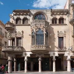 Casas Navas, Reus (jacqueline.poggi) Tags: architecture modernism architect artnouveau catalunya espagne modernismo catalua reus modernisme architecte catalogne lluisdomenechimontaner