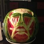 冰箱裡的巨人!「進擊的西瓜
