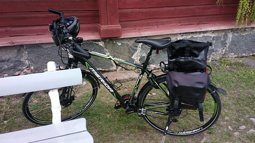 Merida Crossway bicycle inside Lappeenranta fortress