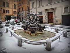 R O M E... (sermatimati) Tags: snow rome roma nikon neve belle inverno fontana bellezza turisti magia tartarughe fascino piazzamattei fontanediroma sermatimati