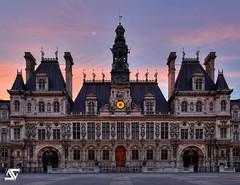 Hotel de Ville @ Sunrise (A.G. Photographe) Tags: paris france sunrise french nikon hoteldeville ag nikkor franais hdr mairie parisian anto d800 parisien 2470 antoxiii agphotographe