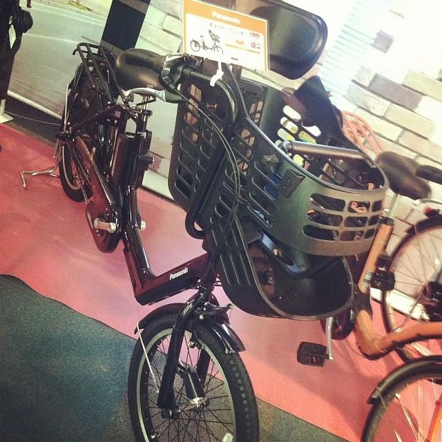 そして6.6Ahのお手頃価格版も登場します! #eirin #panasonic #展示会 #ギュットミニ #電動アシスト自転車 #三人乗り対応
