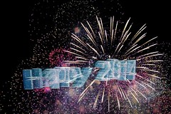 Happy 2014 (Lens Daemmi) Tags: new eve happy fireworks years silvester app feuerwerk 2014 holographium