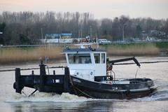 Gretina (Maurits Freijsen) Tags: gretina hollandscheijssel nieuwerkerkadijssel duwboot pusher pushboat
