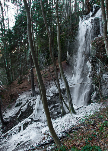 Skalce waterfall in winter