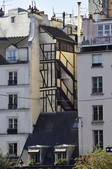_DSC0128 Paris (Marie-Annick Vigne. + 1'000'000. Merci. Thanks) Tags: paris france 2017 avril colombages