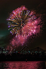 C58R2973 (Nick Kozub) Tags: big bang fireworks canada loto quebec international competition 2016 canon eos 1dx ef 85 f12 ii l usm explosive projectile burst water jackson pollock nocturnal night reflection festival la ronde summer the wild west
