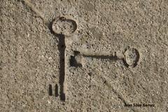 """cementerio llaves """"cielo"""" (juansolergomez) Tags: cartagena murcia españa cementerio panteon nicho cruz cruces santa lucia los remedios"""