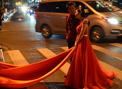 Shanghai - A great location for wedding photos? (cnmark) Tags: shanghai china huangpu district bund zhongshan road wedding photographz traffic jam street bride groom traditional red dress 中国 上海 外滩 中山东一路 ©allrightsreserved