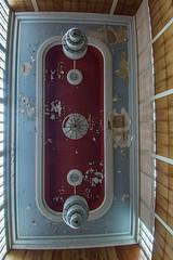 Deckenleuchten - ceiling lights (GU-JO) Tags: deckenleuchte eisenach hotelfürstenhof lampe thüringen grosersaal red rot