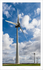 _DMC0254 (duncen.mcleod) Tags: d4 holland nederland nikkor nikon noordoostpolder molen windmolen mühlen mill molino mühle wieken wings windmill windmills windturbine windturbines windfarms windenergy windpower 1424f28 1424 wind sky dutch netherlands scenery uitzicht clouds turbine windenergie windrad windenergieanlage outdoor niederlande