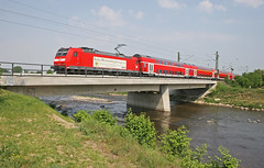 DB 140 110-6 Crossing the River Elz at Sexau with train RE31013 10.00 Offenburg-Basel Bad Bh on Sunday 29 April 2007. (mikul44171) Tags: 1401166 sexau riverelz elz bridge railway advertising sunday doppelstockwagen doubledeckstock doubledeck