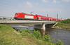 DB 140 110-6 Crossing the River Elz at Sexau with train RE31013 10.00 Offenburg-Basel Bad Bh on Sunday 29 April 2007. (mikul44171) Tags: 1401166 sexau riverelz elz bridge railway advertising sunday doppelstockwagen doubledeckstock doubledeck