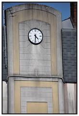 horloge (Christ.Forest) Tags: horloge bernay nikon normandie normandy 27 eure bodet mecanisme ronde noir black