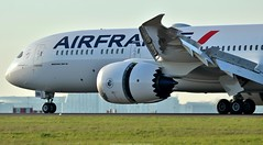 Air France Boeing 787-9 F-HRBB (Planes Spotter And Aviation Photography By DoubleD) Tags: boeing 787 7879 air france french liner jet commercial second dreamliner roissy cdg lfpg landing reverse canopn eos spotters spotting